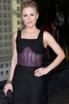 anna-paquin-height-weight-measurements