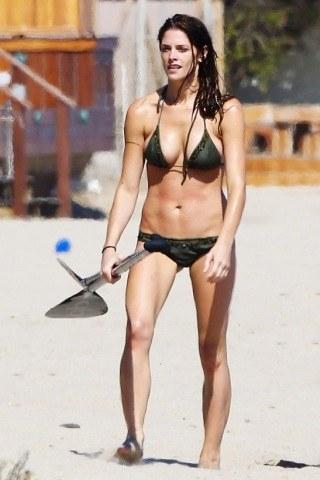 Ashley Greene Height, Weight