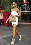Jada Pinkett Smith height and weight