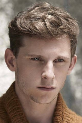 Jamie Bell Height Weight