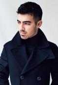 Joe Jonas height and weight