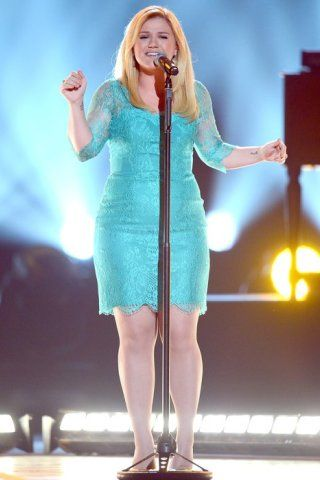 Kelly Clarkson Height – Weight