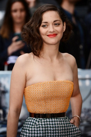 Marion Cotillard height and weight