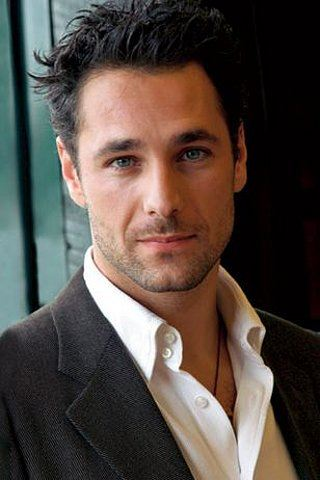 Raoul Bova Height Weight