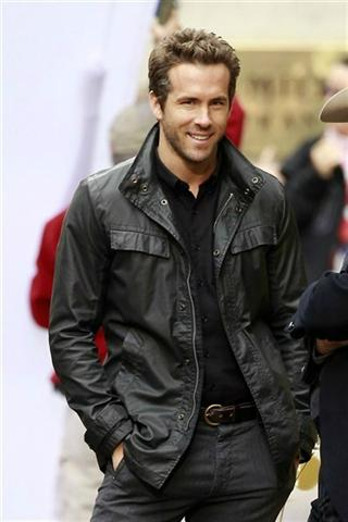 Ryan Reynolds Height – Weight