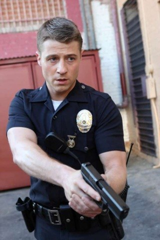 Benjamin McKenzie height and weight