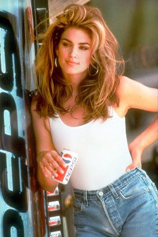 Cindy Crawford Height – Weight