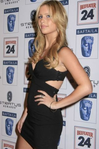 Claire Holt Height, Weight