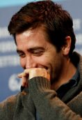 Jake Gyllenhaal height and weight
