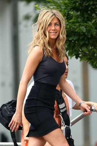 Jennifer aniston light blonde hair