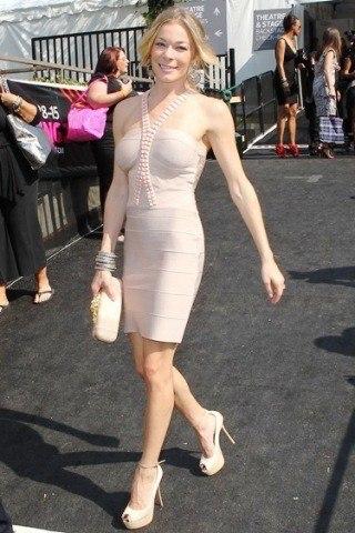LeAnn Rimes Height – Weight