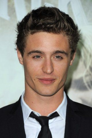 Max Irons height and weight