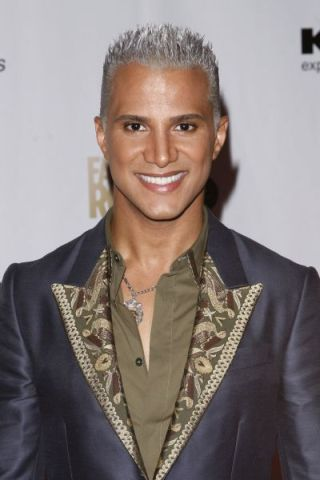 Jay Manuel height and weight