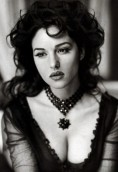 Monica Bellucci height and weight