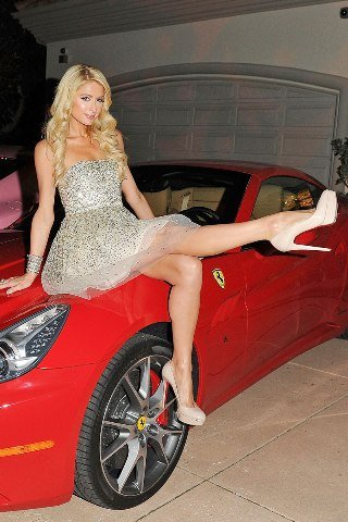 Paris Hilton Height – Weight