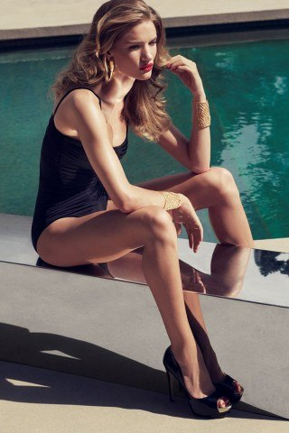 Rosie Huntington-Whiteley height and weight