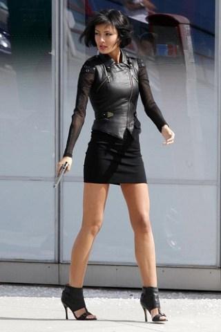 Tess Kartel Height - Weight