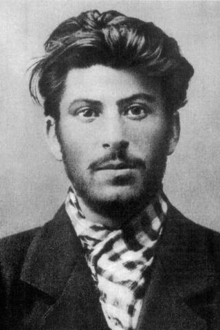 Joseph Stalin Height – Weight