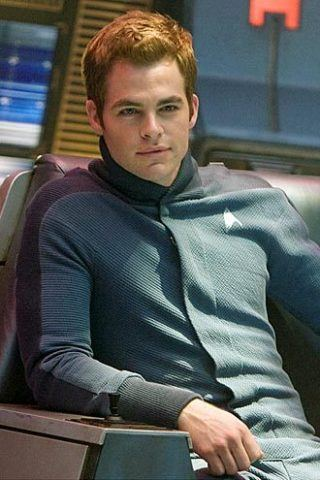 Chris Pine height and weight
