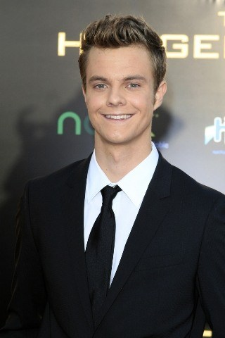 Jack Quaid Height – Weight