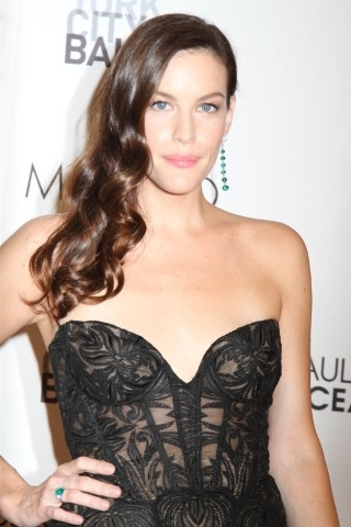 Liv Tyler height and weight