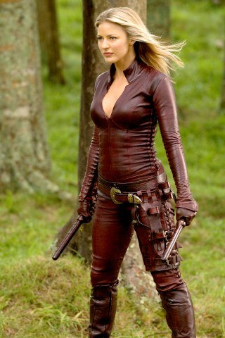 Tabrett Bethell height and weight