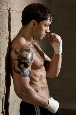 Tom Hardy height and weight