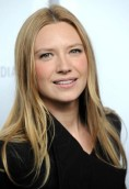 Anna Torv height and weight