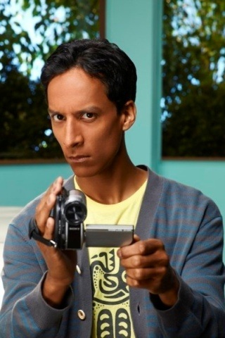 Danny Pudi height and weight