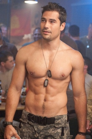 D.J. Cotrona height and weight