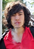 Ezra Miller height and weight 2017