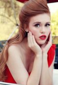 Holland Roden height and weight