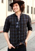 Jackson Rathbone height and weight