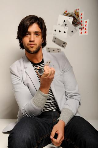 Josh Peck height and weight