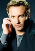 Julian McMahon height and weight