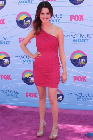 Laura Marano height and weight