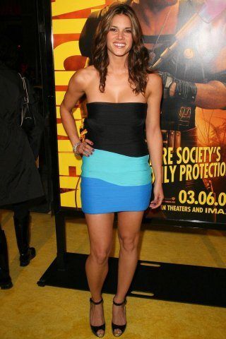 missy-peregrym-height-weight-measurements