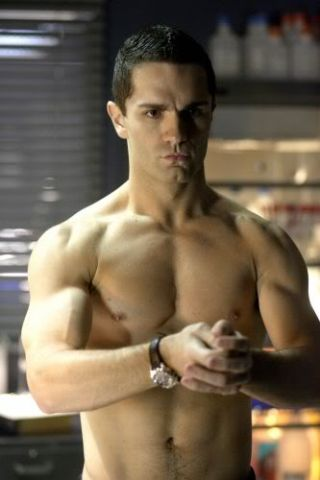 sam-witwer-height-weight-measurements