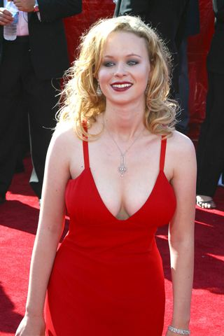 Thora Birch height and weight