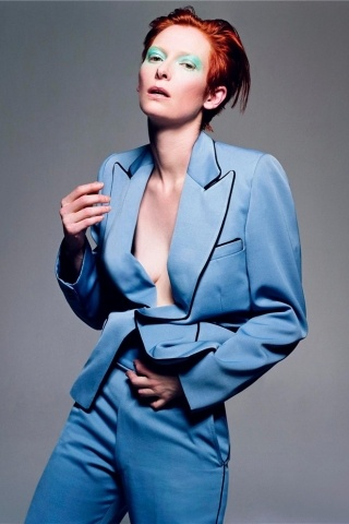 Tilda Swinton height and weight