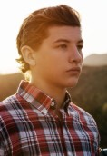 Tye Sheridan height and weight