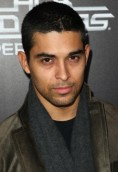 Wilmer Valderrama height and weight