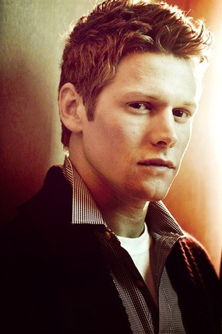 Zach Roerig height and weight
