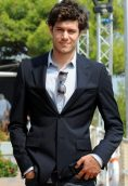 Adam Brody height and weight