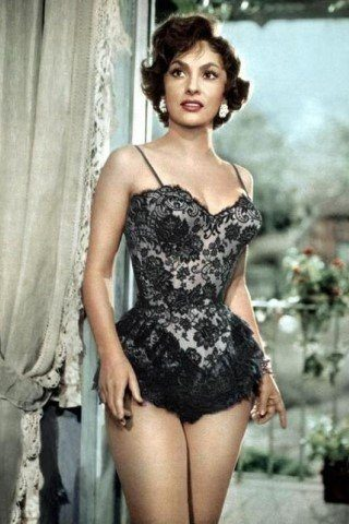 Gina Lollobrigida height and weight