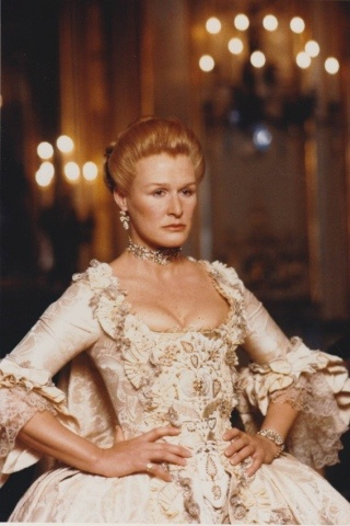 Glenn Close height and weight
