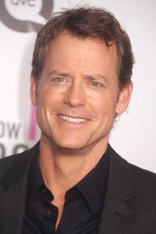 Greg Kinnear height and weight