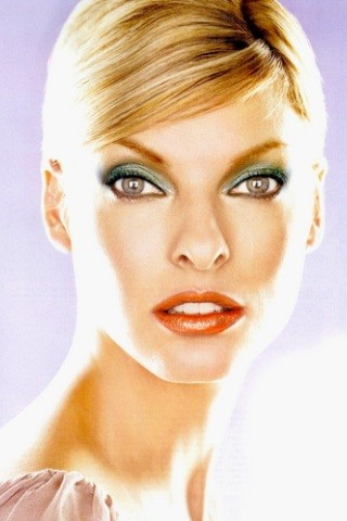 linda-evangelista-height-weight-measurements