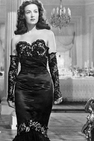 Maria Felix height and weight