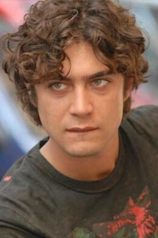 Riccardo Scamarcio height and weight